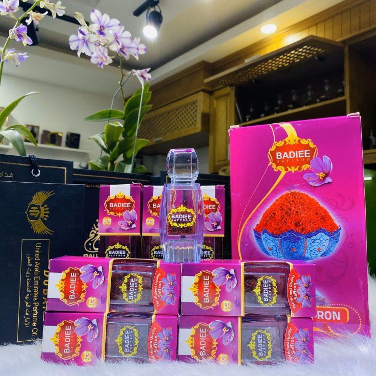 Mua nhuỵ hoa nghệ tây Saffron chính hãng tại HT Market